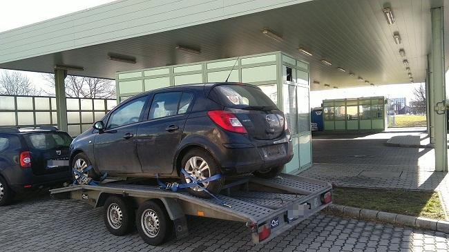 Körözött autó Csengersimánál