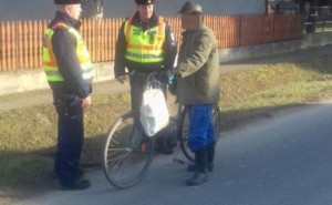 Kerékpárosokat és gyalogosokat ellenőriztek Vásárosnaményban