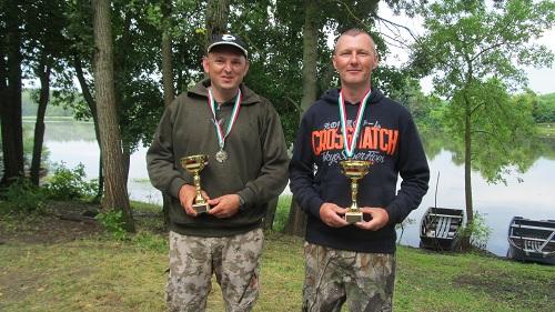 Éjszakai Páros Horgászverseny Keskeny Holt-tisza vasarosnameny-gergelyiugornya (2)