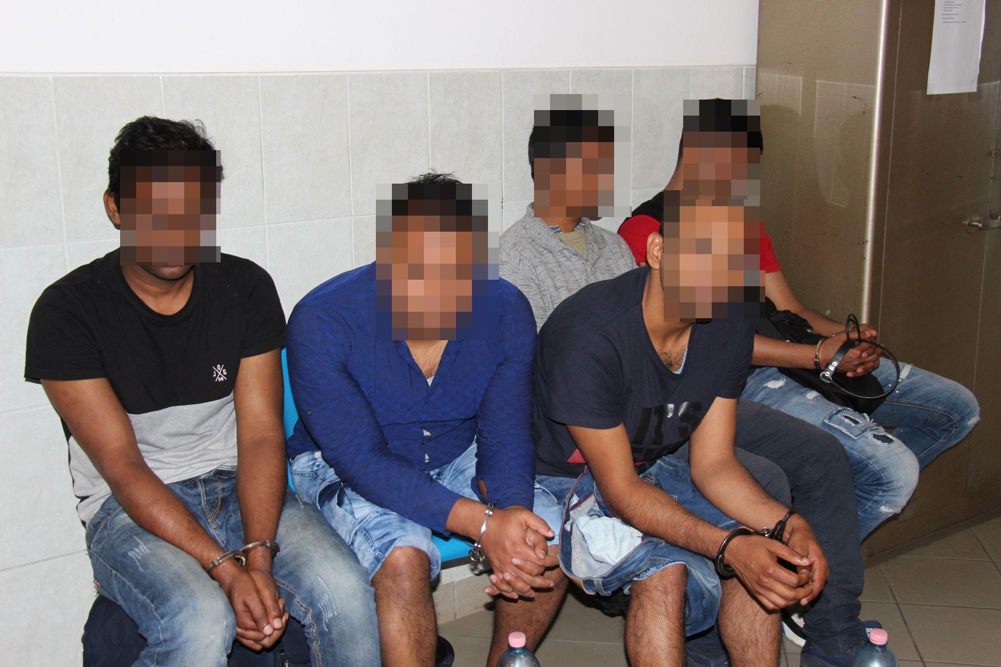 Embercsempészt és illegális határátlépőket fogtak el Nyírtura térségében